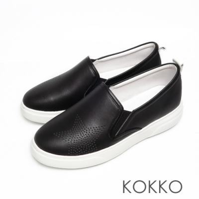 KOKKO舒適透氣星星鏤空牛皮厚底休閒鞋霧面黑