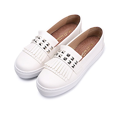 BuyGlasses 流行就是要流蘇x鉚釘懶人鞋-白