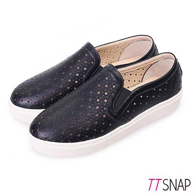 TTSNAP厚底樂福鞋-MIT星星鏤空真皮休閒鞋 黑