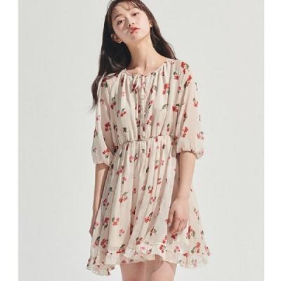 連身裙 氣質收腰花卉五分袖洋裝OM81729-創翊韓都