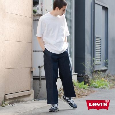 Levis 男款 STA PREST抗皺免熨燙卡其休閒褲 寬鬆直筒版型 及踝款 彈性布料 /丹寧原色