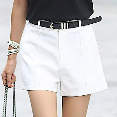 正韓 素面縫線摺痕中高腰短褲 (共二色)-N.C21