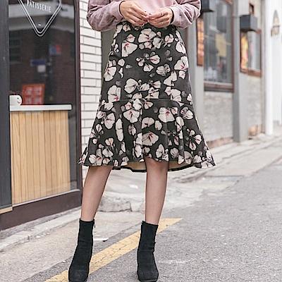 滿版優雅印花輕磨毛荷葉魚尾裙-OB大尺碼