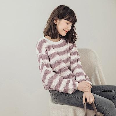 柔軟配色條紋長毛毛衣-OB大尺碼