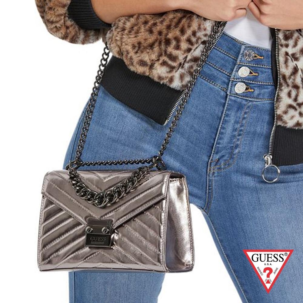 GUESS-女包-經典壓紋鍊條方包-銀