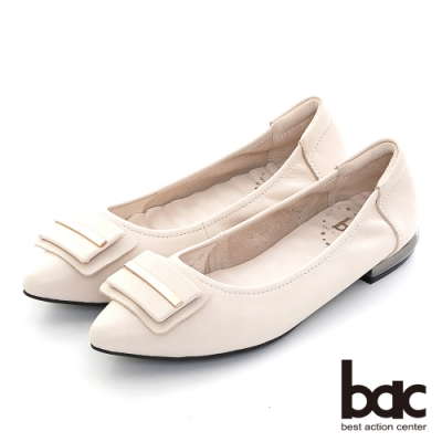 【bac】尖頭層疊金屬飾釦舒適軟墊平底鞋-米白