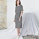 條紋造型綁帶短袖洋裝 TATA