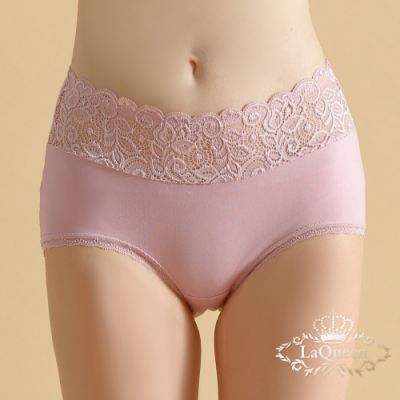 內褲  腰間花紋滾邊蕾絲植蠶親膚美臀褲-粉 La Queen