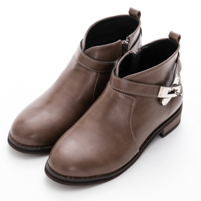 River&Moon中大尺碼-韓系V口銀鎖低跟短靴 卡其灰