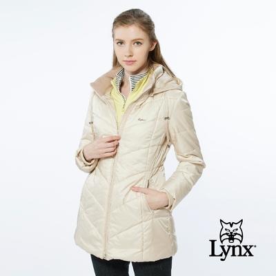 【Lynx Golf】女款長版防風保暖潑水鋪棉款素面壓線長袖可拆式連帽外套-卡其色