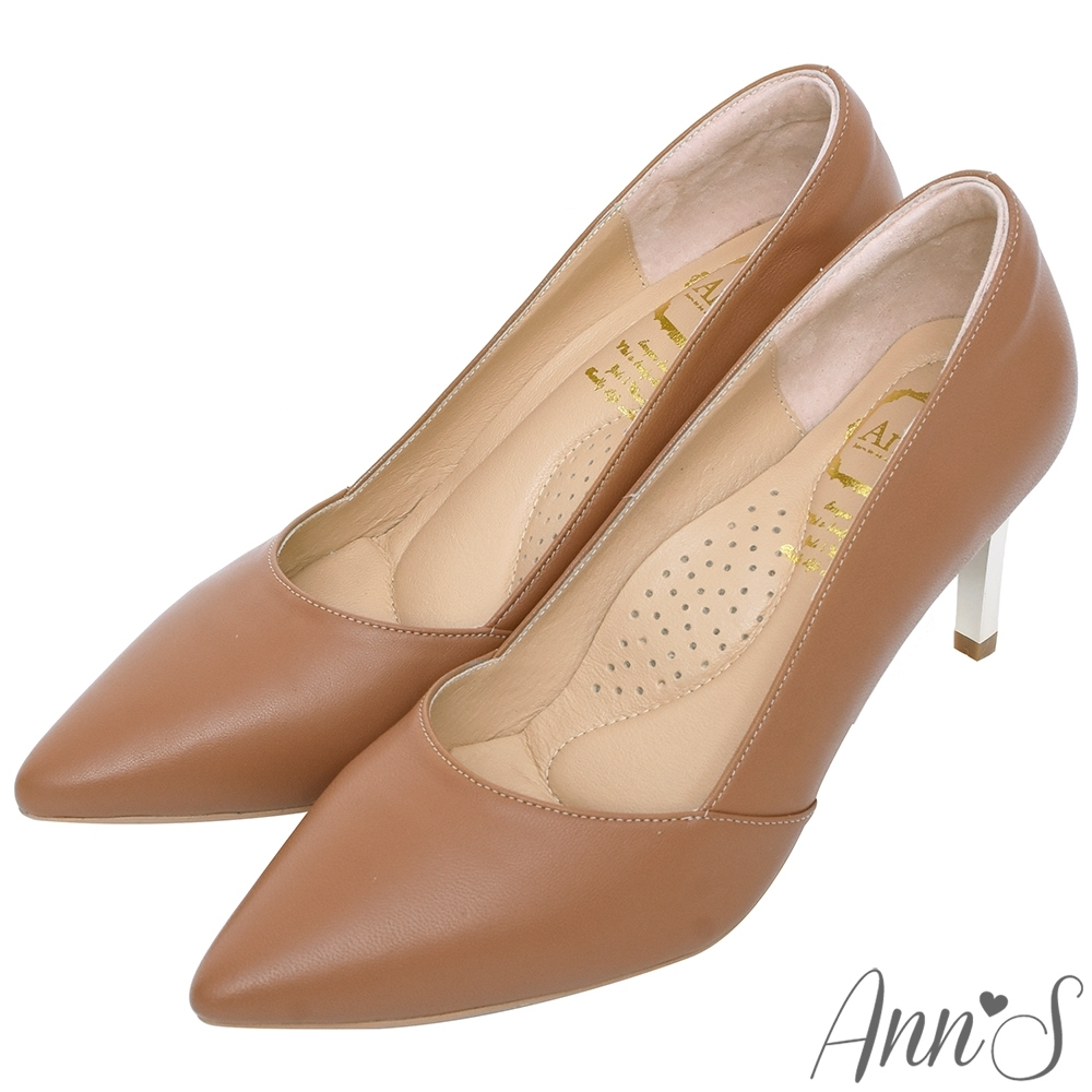 Ann'S嚮往的女人味-性感弧線柔軟小羊皮電鍍細跟尖頭高跟鞋-棕