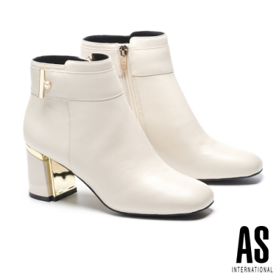 短靴 AS 典雅珍珠帶釦全真皮方頭高跟短靴-白
