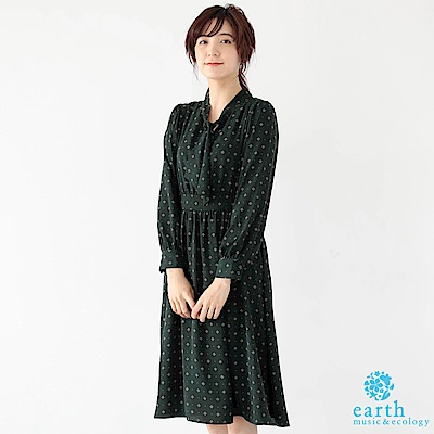 earth music 復古感幾何圖案領結連身洋裝