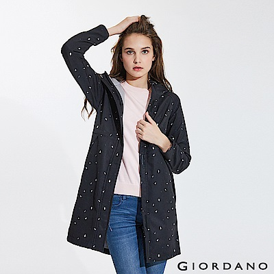 GIORDANO 女裝內植絨保暖防風下擺開岔長版外套-35 標誌黑/皎雪/標誌灰印花