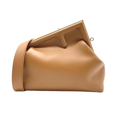 FENDI 展示品 FENDI FIRST 中款手提肩背包(8BP127-棕)