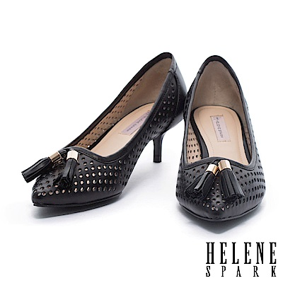 高跟鞋 HELENE SPARK 細緻流蘇沖孔羊皮尖頭高跟鞋-黑