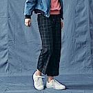 CACO-格紋布九分褲-情侶款-女【RNA083】
