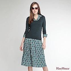 KeyWear奇威名品    歐風立體花紋針織拼接印花假兩件長袖洋裝-藍綠色