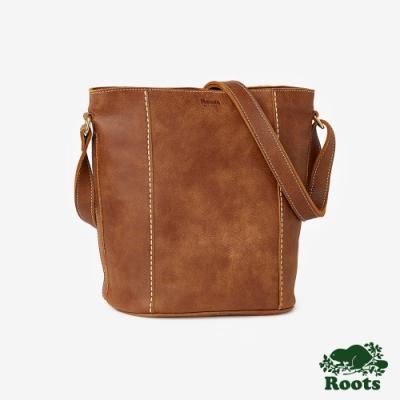 維多利亞皮革水桶包-棕色