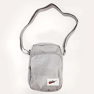 Nike Heritage Smit Label側背包