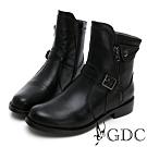 GDC-真皮帥氣英倫風側拉鍊扣飾秋冬靴-黑色