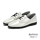 達芙妮DAPHNE 休閒鞋-真皮綁帶亮面牛津休閒鞋-白