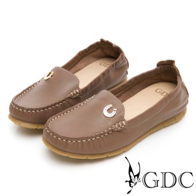 GDC-真皮舒適素色基本小鐵扣車線休閒鞋-可可色