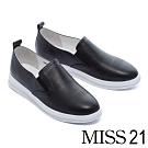 休閒鞋 MISS 21 簡約百搭沖孔拼接造型全真皮厚底休閒鞋-黑