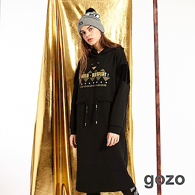 gozo 燙金造型標語印花帽T洋裝(黑色)