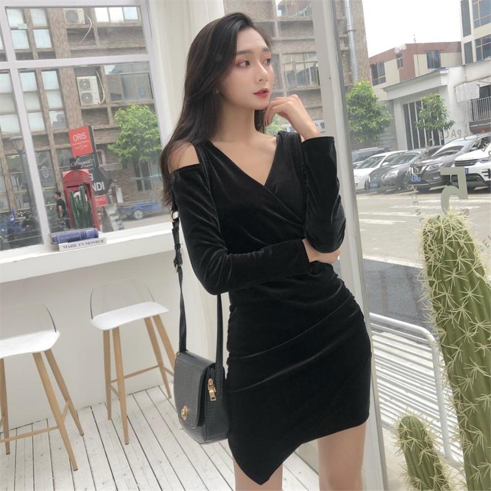 DABI 韓系絲絨露肩修身顯瘦不規則長袖洋裝