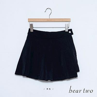 beartwo 素面打褶A字短褲(黑色)
