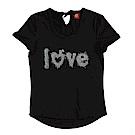 【TOP GIRL】LOVE字母寬領綁帶T恤-質感黑