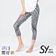 【SKY YARD 天空花園】輕度機能緊身運動褲-七分褲-黑色幾何 product thumbnail 1