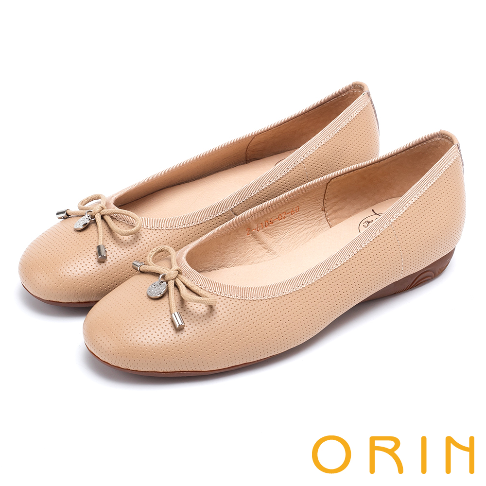 ORIN 氣質甜美風 沖孔牛皮平底娃娃鞋-膚色