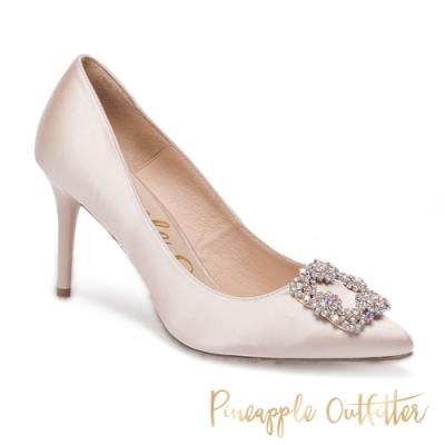 Pineapple Outfitter 氣質名媛 清新方鑽飾釦尖頭高跟鞋-米杏色