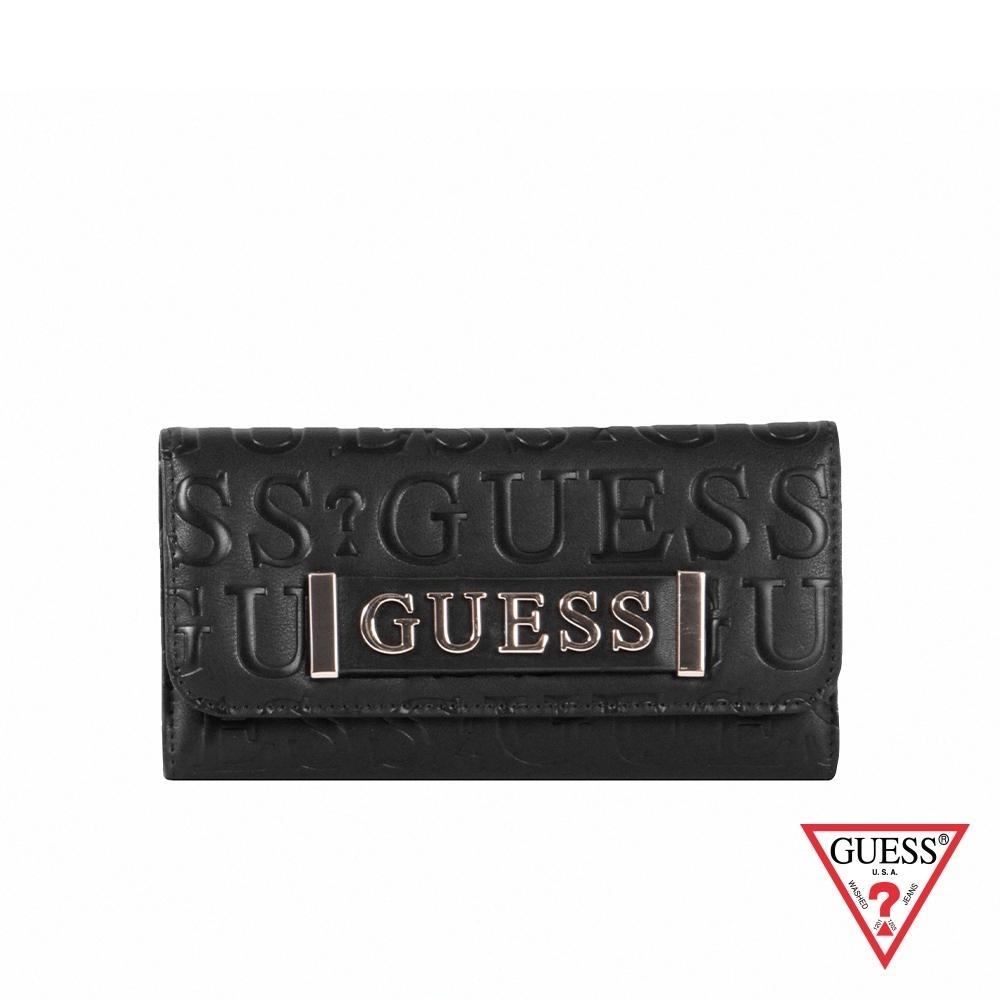 GUESS-女包-LOGO壓印皮革三折式長夾-黑