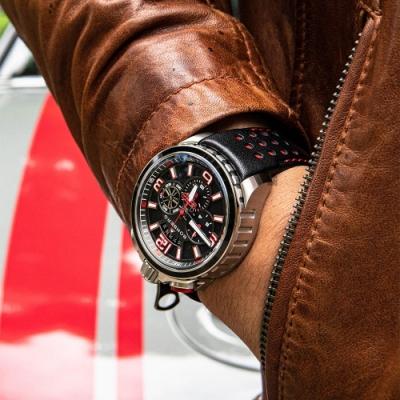 BOMBERG 炸彈錶 BOLT-68 復刻黑紅計時手錶(BS45CHSP.061-1.11)