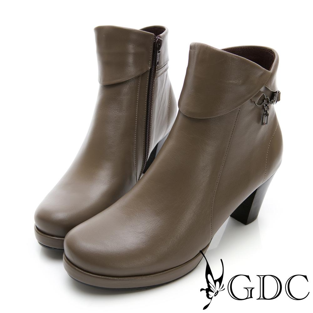 GDC-真皮優雅反摺水鑽低跟小短靴-卡其色