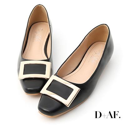 D+AF 典雅美型.大方釦微方頭娃娃鞋*黑