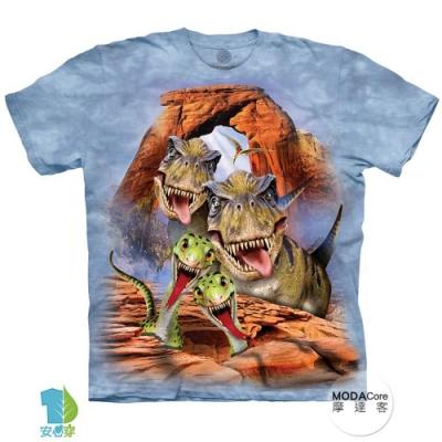 摩達客-預購-美國進口The Mountain 恐龍哦耶 兒童版純棉環保藝術中性短袖T恤