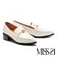 高跟鞋 MISS 21 經典俐落金屬釦造型尖頭樂福粗高跟鞋-米白 product thumbnail 1