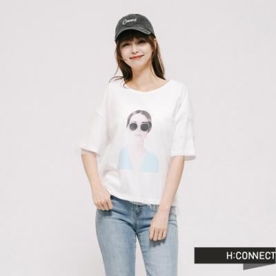 H:CONNECT 韓國品牌 女裝 -網紗造型圖印上衣 - 白