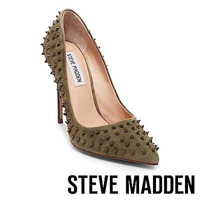 STEVE MADDEN-DAISIE-S金屬鉚釘尖頭細高跟鞋-絨墨綠