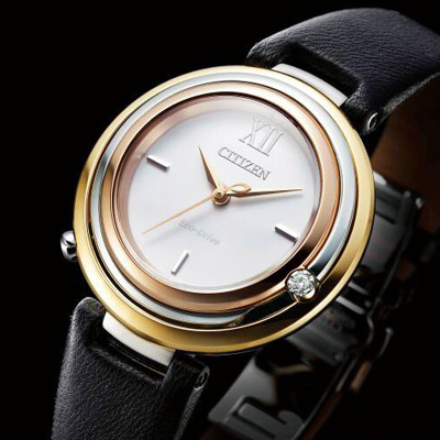CITIZEN 星辰 L 系列經典時尚光動能腕錶(EM0656-15A)