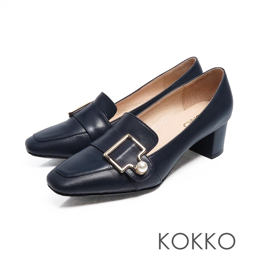KOKKO秋日旋律珍珠扣方頭粗跟樂福鞋沉靜藍