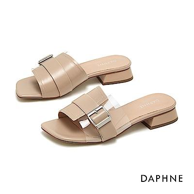 達芙妮DAPHNE 涼鞋-幾何方扣透明拚接低跟涼拖鞋-杏色