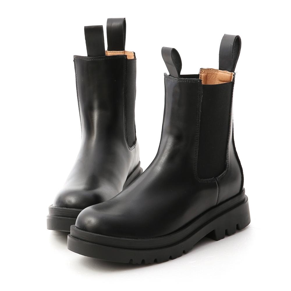 D+AF 獨領風潮.加厚鞋底切爾西短靴*黑