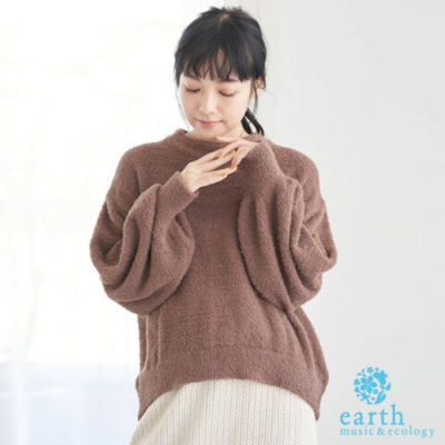 earth music 蓬鬆毛絨圓領針織衫