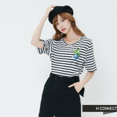 H:CONNECT 韓國品牌 女裝-水果圖印條紋上衣-黑
