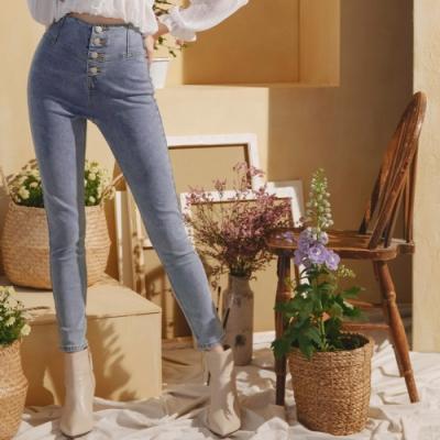 AIR SPACE 高腰排釦修身窄管牛仔褲(藍)